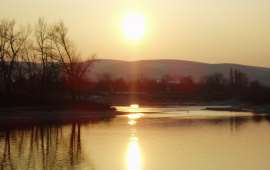 NATURE-SunsetAtRiverDanube_1600x1200