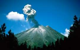 Arenal Erupting_Costa Rica