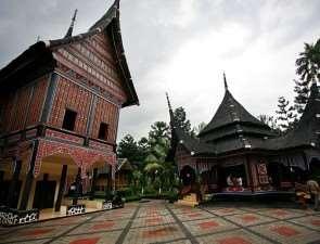 Мирный захват. Джакарта