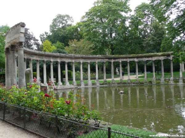 Погулять в Париже