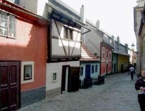 Золотая улица чешской столицы
