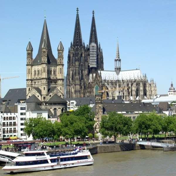 Германия Кёльн: Церкви и музеи