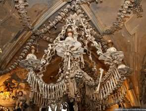 Чехия.Часовня скелетов