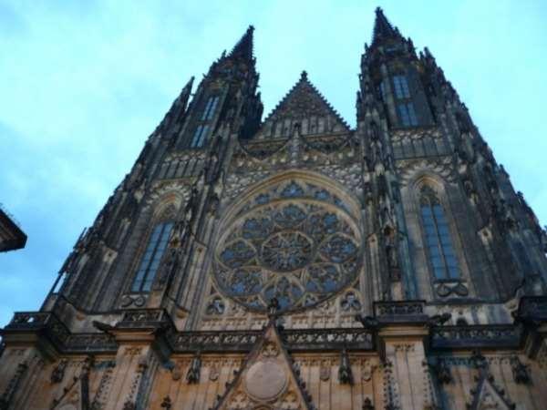 От нас в готику Праги