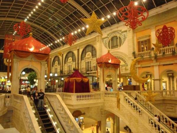 Сочетание увлекательных путешествий с выгодным шопингом в Объединённых Арабских Эмиратах