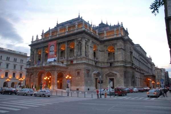 Венгрия в киноиндустрии. Оперный театр