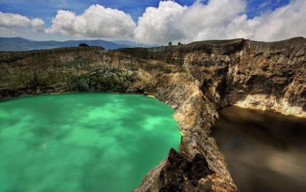 Трехцветные озера