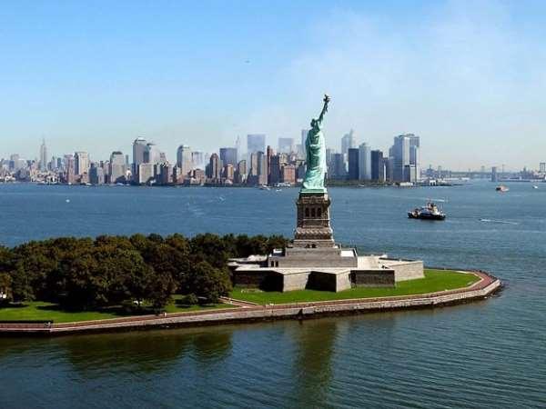 Нью-Йорк — неспящий мегаполис. Статуя свободы