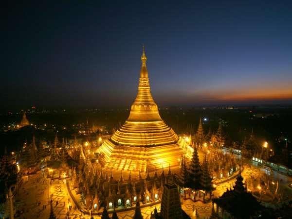 Пагоды Янгона в Чой Да в Мьянме