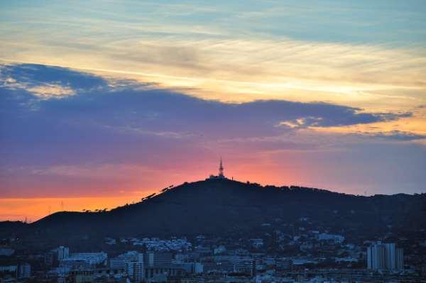 Экскурсии в Барселоне на гору Монжуйк