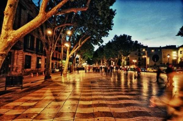 Пешеходные экскурсии в Барселоне