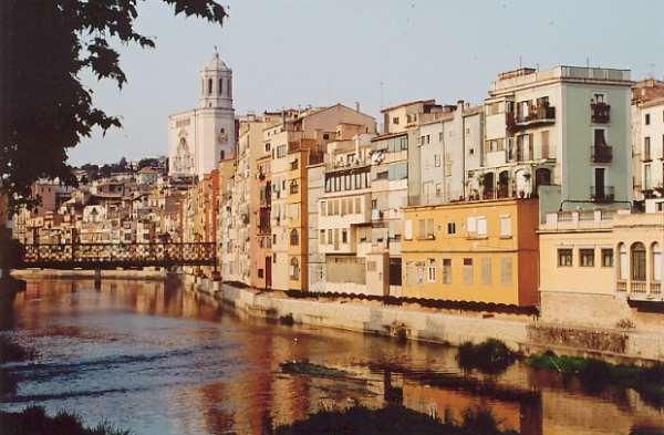 Что можно увидеть на экскурсии в Жироне (Испания) за один день