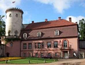 Новый Цесисский замок