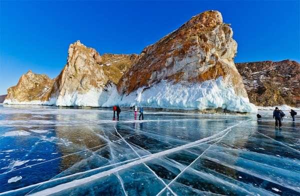 Чем может заняться турист зимой на Байкале