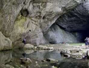 Экскурсия на Каповы пещеры