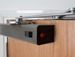 Как купить дверной доводчик