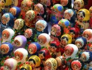 Традиционные русские сувениры: что подарить на память о России?