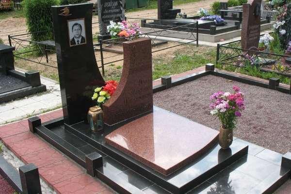 Где выгодно заказать памятник из гранита в Москве и МО?