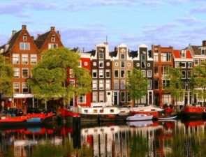 Яркий отдых в удивительном Амстердаме