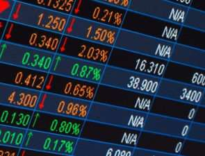 Бинарные опционы на рубли: лучший способ заработать деньги в эпоху технологий.
