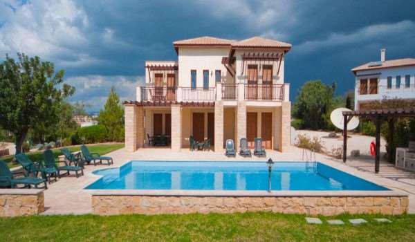 Выгодность аренды виллы на Кипре с помощью Gloria Travel Services