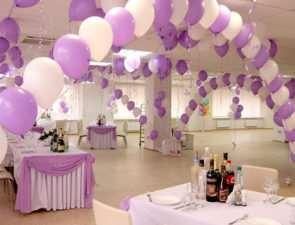 Украшение воздушными шарами - простой способ подчеркнуть праздничность