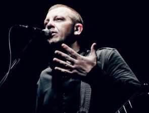 С.Бобунец выпустил новый альбом «Пока танцуют ангелы»