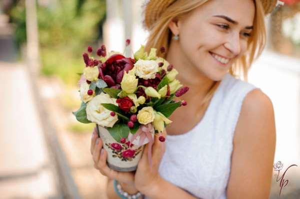 Концептуальные букеты цветов с доставкой