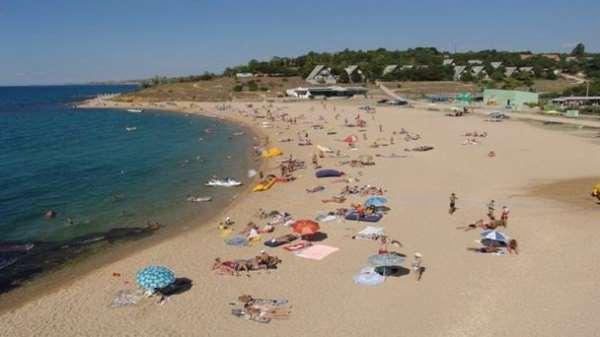 Учкуевка или самый популярный пляж Севастополя