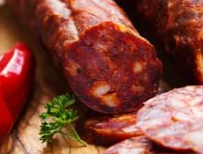 Колбасы и мясо испанского производства: особенности и вкусовые отличия
