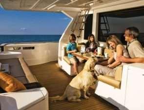 Как устроен отдых на яхте?