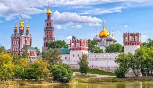 Именитые достопримечательности Москвы