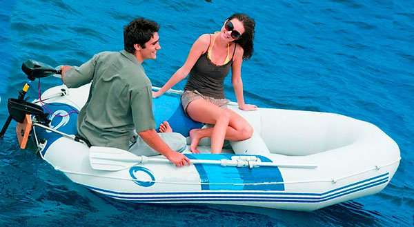 Транспорт для семейного отдыха на воде