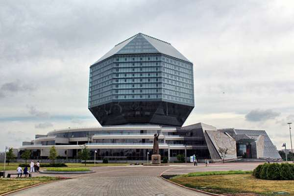 Интересные и известные достопримечательности Минска