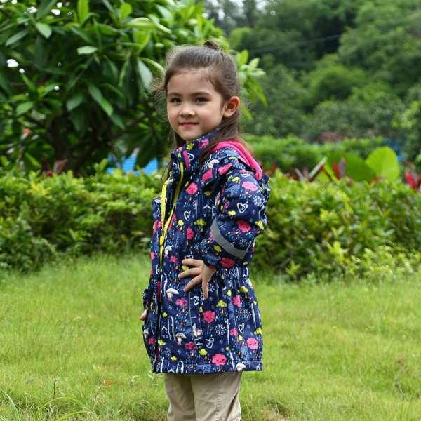 Непромокаемые детские куртки – советы по выбору
