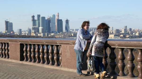 Смотровая площадка «Воробьевы горы»: место обязательного посещения в Москве