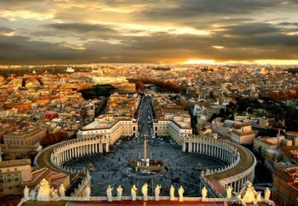 Какие экскурсии лучше посетить в Ватикане?