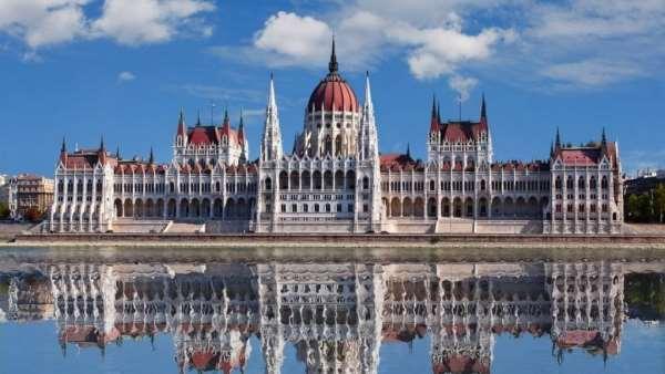 Какие экскурсии следует посетить в Будапеште?