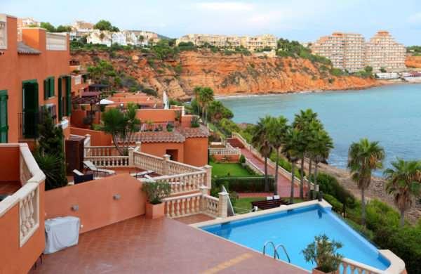 Что дает ВНЖ через покупку недвижимости в Европе