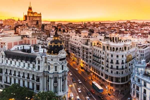 Какие города в Испании нужно обязательно посетить каждому туристу?