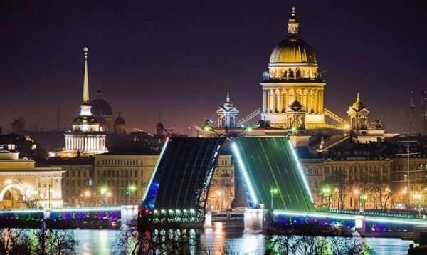 Туризм в Санкт-Петербурге: какие достопримечательности нужно увидеть?