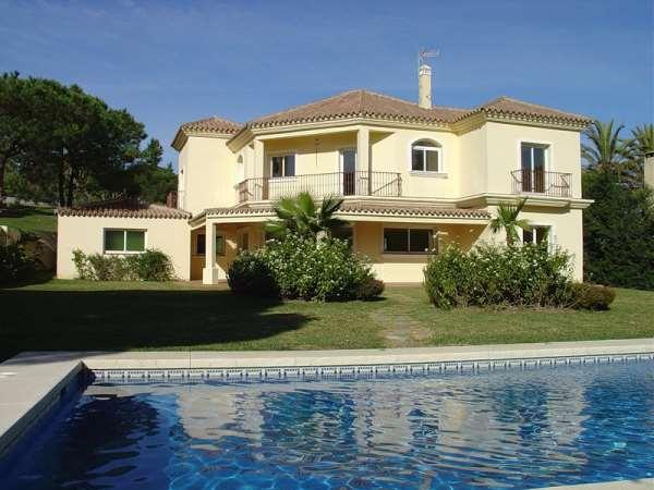 Преимущества аренды домов в Испании на время отпуска