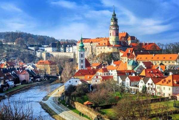 Какие достопримечательности нужно увидеть во время путешествия по Чехии?