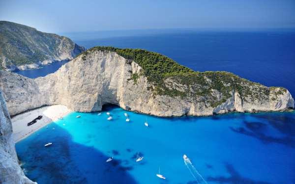 Почему следующий отпуск следует провести в Греции?