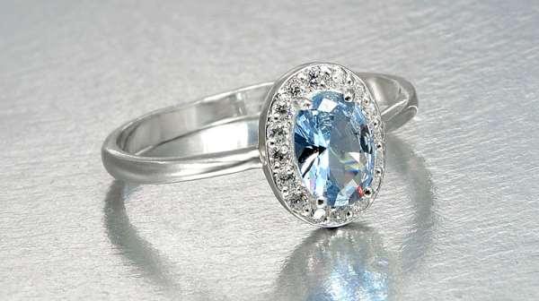 Женские украшения из серебра – изысканность и доступность