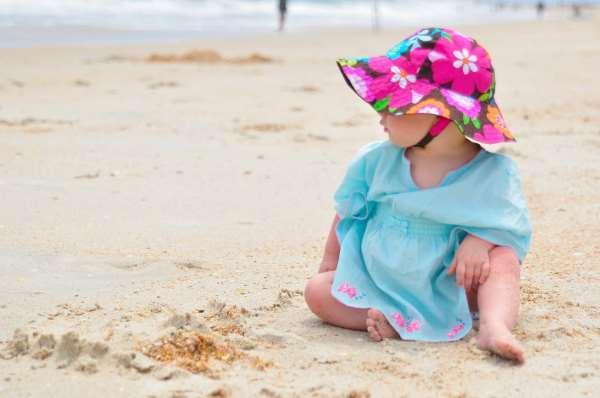 Какую детскую пляжную одежду взять с собой на отдых