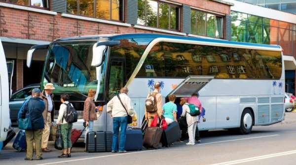 chto-vziat-v-avtobus-800x445