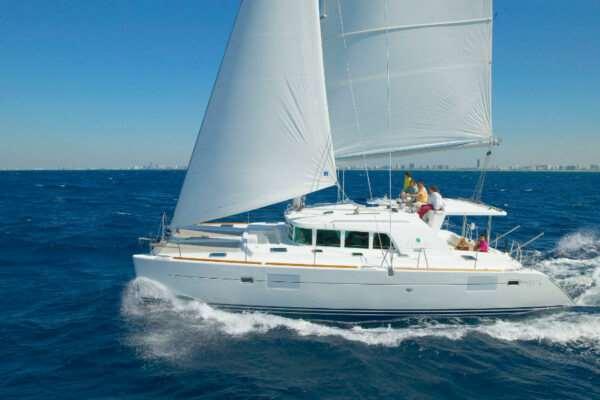 Отдых в Греции на яхте – яркие эмоции и море позитива