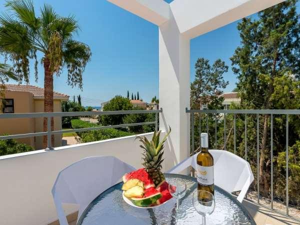 Аренда апартаментов в Ларнаке на берегу моря: услуга компании «Color Cyprus»