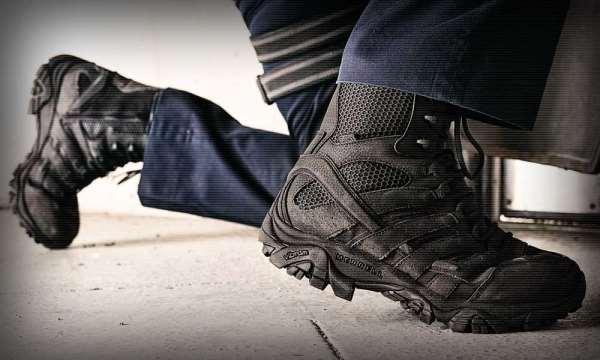 Почему стоит купить тактические кроссовки?